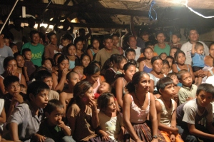 A crowd in San Miguel Alto Uno - Peten, Guatemala
