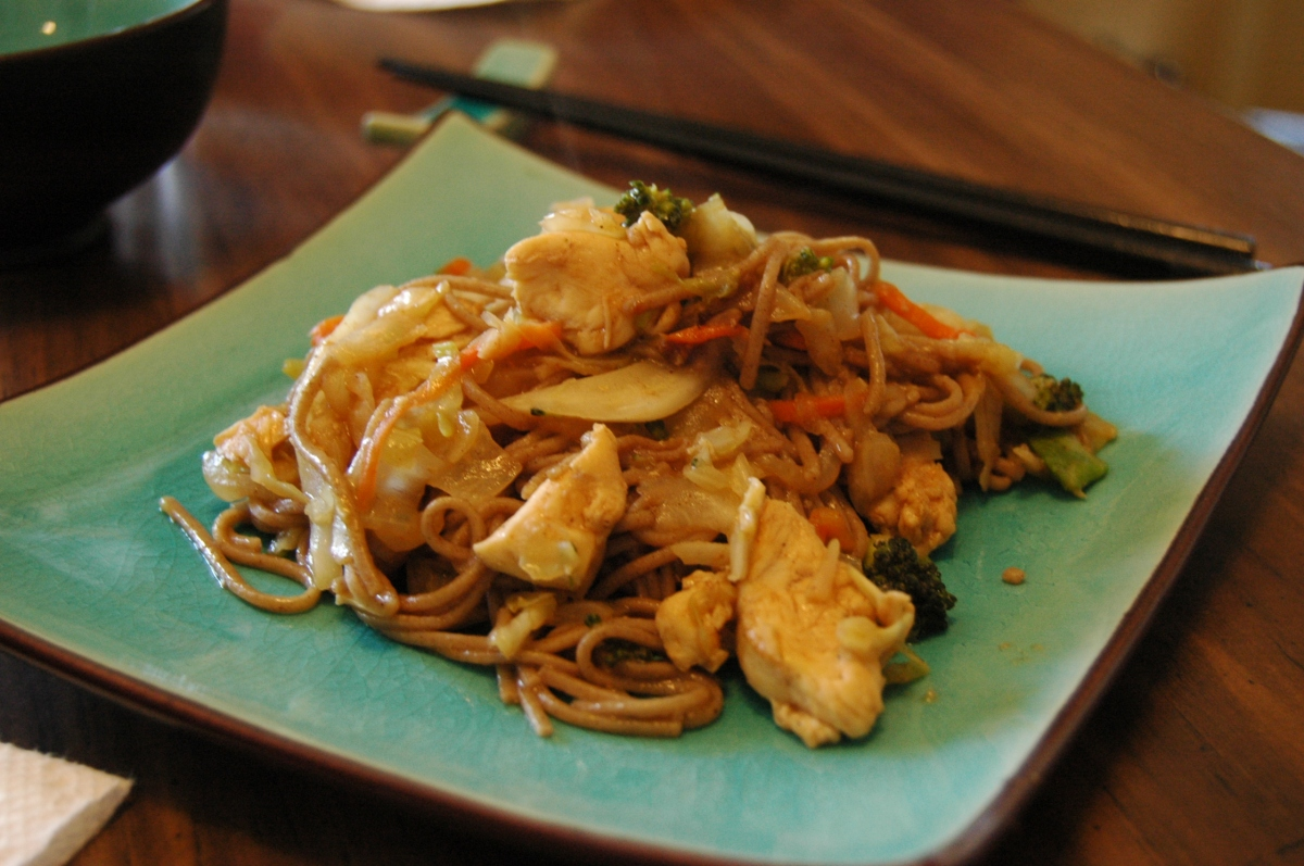 Homemade chicken yakisoba