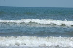 Incoming waves on Jamaica Beach, Galveston, TX