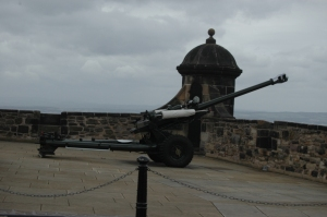 The One O'clock Gun at Edinburgh Castle, Edinburgh, Scotland